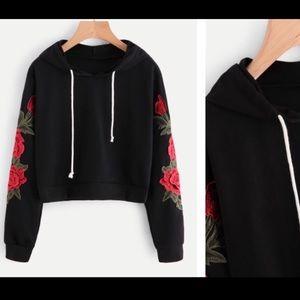 Tops - Med hoodie 😍🌹🎶